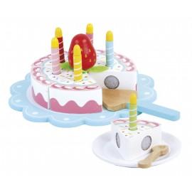 Drewniany tort  urodzinowy ze świeczkami
