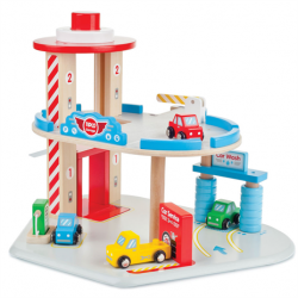 Drewniany garaż, parking Tidlo
