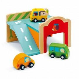 Drewniany garaż, mini parking dla aut Djeco