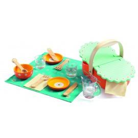 Drewniany koszyk piknikowy z akcesoriami Djeco